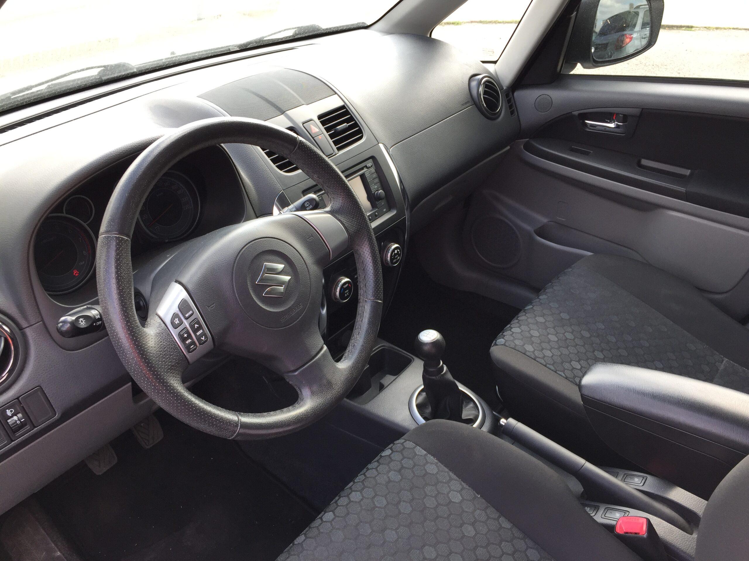 Suzuki SX4 1.6 GLX Crossline Navi full